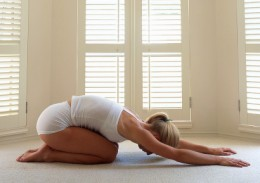 the benefits of yoga exercises and how it promotes weight